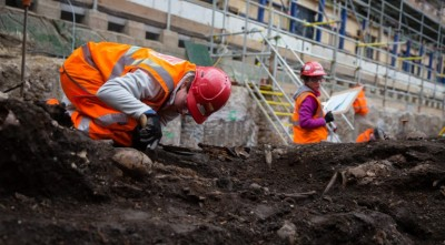 Archaeology beginning at the Bedlam burial ground. Crossrail website.